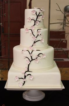 cake but with red orchids