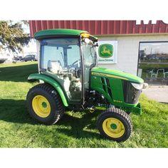 John Deere 3033R Compact Tractor John Deere Compact Tractors, John Deere Tractors, Utility Tractor, Tractor Loader, Mini Excavator, Vehicles, Car, Vehicle, Tools
