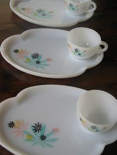vintage luncheon plate sets