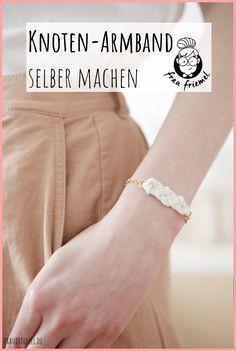DIY Armbänder mit keltischen Knoten entdecken! DIY Schmuck einfach  selber machen mit Schritt-für-Schritt-Anleitung. Keltische Knoten lernen  und DIY Ketten und DIY Armbänder basteln. #keltischeknoten #diyschmuck  #diyarmband #diykette #halsketteselbermachen Armband Diy, Diy Schmuck, Zero, Inspiration, La Mode, Gift For Boyfriend, Knot Necklace, Bracelets Crafts, Biblical Inspiration