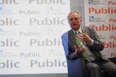 Τα Public υποδέχτηκαν τον αιρετικό Ρίτσαρντ Ντόκινς για πρώτη φορά στην Ελλάδα, σε μια εκδήλωση όπου μίλησε για όλα