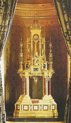 Monumental Clock realized between 1878 and 1889 by Ferdinand Barbedienne with Alfred Serre's enamels. Famous Sculptures, Renaissance Fashion, Architectural Antiques, Paris City, True Art, World's Fair, Enamels, Ferdinand, Art Object