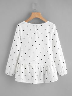 SheIn offers Polka Dot Frill Dip Hem Blouse & more to fit your fashionable needs. Girls Fashion Clothes, Teen Fashion Outfits, Trendy Outfits, Cute Outfits, Clothes For Women, Kids Blouse Designs, Kurta Designs, Hijab Stile, Jugend Mode Outfits