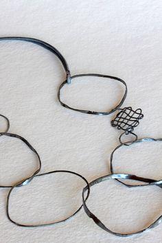 Montserrat Lacomba - Irregular Circles Necklace 4 by mardecoLorrosa on Etsy, €53.00