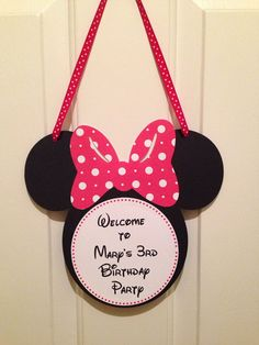 Welcome your guest with something different and personal on your front door, patio, outdoor or indoor decor. It's a special gift for them to see this adorable Mickey mouse front door decor.