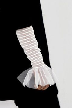 This is one way of making a cuff but in a different way. I love this design as it's so unique and it's something simple that makes a garment stand out.