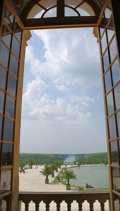 d'une fenêtre du château de Versailles