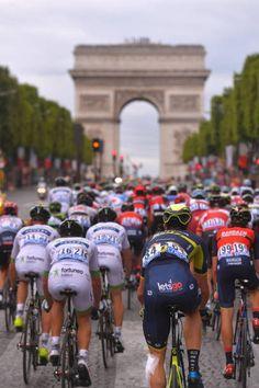 104th Tour de France 2017 / Stage 21  Landscape / Peloton / PARIS City / Arc De Triomphe /  Montgeron Paris ChampsElysees / TDF /