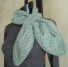 Falling leaves scarf works up in just one skein. Free pattern from Sweater Babe.