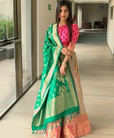 Lehenga for Women: Buy Lehenga Choli Online in India at Cheapest Price Indian Gowns Dresses, Indian Fashion Dresses, Dress Indian Style, Indian Designer Outfits, Indian Outfits, Indian Wear, Western Outfits, Half Saree Designs, Choli Designs