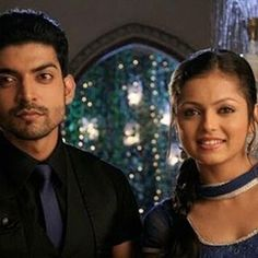 Gurmeet Choudhary, Whatsapp Profile Picture, Drashti Dhami, Indian Movies, Saree Dress, Best Couple, Favorite Tv Shows, Mens Sunglasses, Film