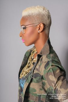 #blonde fade + pink lips. That #necklace is perfection.