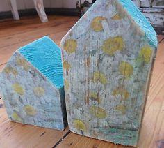 Altholzhäshen mit decoupage verziert little flower houses made of old wood casitas de madera