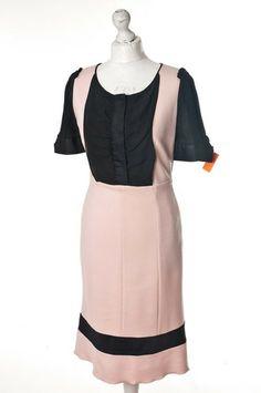 Pudrowa sukienka z czarnymi elementami #Diane von #Furstenberg 238,00 PLN #wzorcownia, #topbrands, #highfashion #woman, #dress