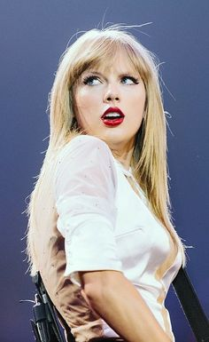 Can not believe the red tour is over :(