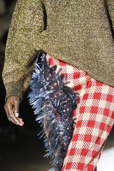 Dries Van Noten Fall 2018 Ready-to-Wear Fashion Show Details