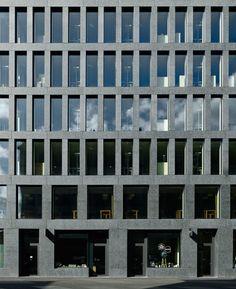 Max Dudler Architekt, Stefan Müller · EUROPAALLEE 21. Eisgasse House · Divisare