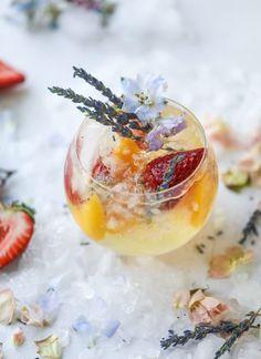 lavender sangria I howsweeteats.com #lavender #whitewine #sangria #cocktails