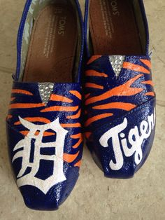 Detroit Tigers Canvas Shoes by shoeweet on Etsy, $75.00