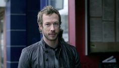Kris Holden-Ried as Dyson - Lost Girl S1E1 - It's a Fae, Fae, Fae, Fae World - Screencap by Dragonlady981