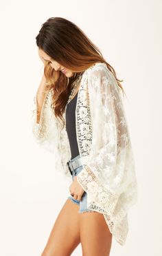 lace kimono cardigan // Nightcap #planetblue #whatsnew