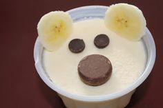 A cute snack for Arctic Animal week! Polar Bear Snack and penguin included! Cute Snacks, Cute Food, Good Food, Picknick Snacks, Polar Bear Ice Cream, Animal Snacks, Animal Fun, Artic Animals, Bar A Bonbon