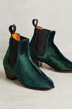 Penelope Chilvers Velvet Chelsea Boots #anthropologie #anthrofave