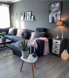 Pin by holli swift on own space living room grey, home décor, room decor. Living Room Grey, Home Living Room, Apartment Living, Living Room Designs, Living Room Decor, Cozy Living, Small Living, Table For Living Room, Cozy Apartment