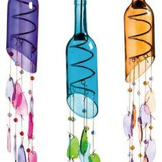Amazing DIY Wine Bottle Crafts glass bottle crafts Amazing DIY Wine Bottle Crafts - Crafts and DIY Ideas Empty Wine Bottles, Recycled Wine Bottles, Wine Bottle Art, Glass Bottle Crafts, Diy Bottle, Glass Bottles, Cutting Wine Bottles, Bottle Cutting, Painted Bottles