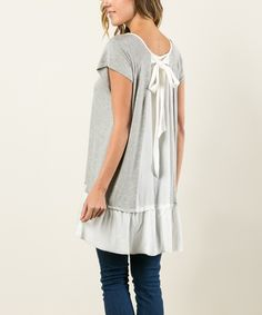 This Avenue Hill Heather Gray & Ivory Color Block Bow-Back Ruffle Tunic by Avenue Hill is perfect! #zulilyfinds