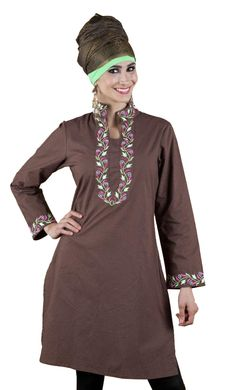 e6ce0ae8077e58 This modest yet beautiful kurti and has been endowed with a beautiful  floral design. All