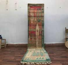 "Zribia.co|Moroccan area rug on Instagram: ""Authentic and unique berber runner, available for online purchase  size 336x72 cm   Dm is for more details   #eclecticdecor…"" Moroccan Area Rug, Berber, Eclectic Decor, Etsy, Rugs, Moroccan, Oriental, Bohemian Rug, Vintage"
