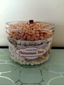 Cinnamon Bun Confetti Melts