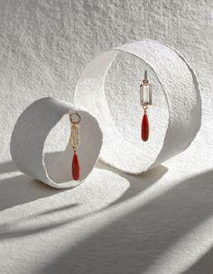 White Box For Jewelry Photography Jewelry Model, Photo Jewelry, Fashion Jewelry, Women Jewelry, Beach Jewelry, Hippie Jewelry, Jewelry Art, Gold Jewelry, Dainty Jewelry