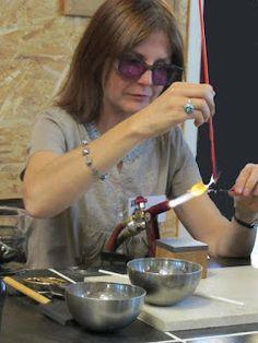 Elisabeth JAN - Le verre et la lumière: Exposition et démonstrations en Mayenne