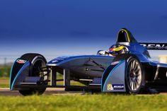 Fórmula E, que usa carros elétricos, tem grid e calendário praticamente definidos para 2014/2015.