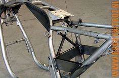 The use of rectangular beams in the subframe means it's easier to bolt stuff onto it like electronics, brake pumps, nitrous solenoids etc. Suzuki Cafe Racer, Cafe Racer Bikes, Custom Motorcycles, Custom Bikes, Chopper Frames, Bike Details, Motorcycle Photography, Motorcycle Art, Bike Parts