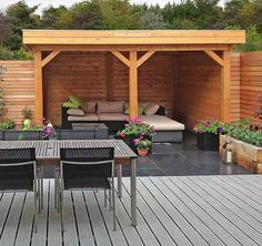 Veranda V56b met plat dak van Lugarde. Perfect te gebruiken als overdekte loungehoek. Veel voordelen, zoals kosteloze levering. Bekijk alle info hier!