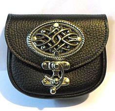 """6"""" x 5"""" x 2"""" Black leather Silver catch & Concho  Belt Pouch  Celtic Medieval sca Larp ren Costume kilt sporran"""