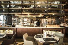 Pub Interior, Restaurant Interior Design, Interior Exterior, Restaurant Counter, Cafe Restaurant, Classic Restaurant, Buffet, Open Concept Kitchen, Open Kitchen