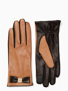 Kate Spade Bow Touchscreen Gloves, Tan - Size S Stay Warm, Color Blocking, Gloves, Kate Spade, Bows, Leather, Accessories, Style, Wishful Thinking