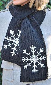 Ravelry: Snowflake Scarf pattern by kathryn Doubrley