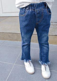 6992a803dd27 Fk12  2017 Style Latest Fashion Elastic Waistband Girls  Soft Jeans Fringed  Handblast Kids Jeans