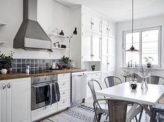 Scandinavian studio apartment   photos by Janne Olander Follow Gravity Home: Blog - Instagram - Pinterest - Bloglovin - Facebook