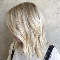 Lust auf eine Typveränderung? Wir zeigen euch die wichtigsten Haarfarben-Trends und Färbetechniken für 2018!