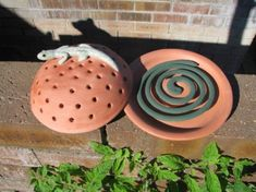 Buzz Off: 15 Smokin' Hot Mosquito Coil Holders Must Have Gadgets, Mosquitos, Concrete Crafts, Fire Glass, Incense Holder, Garden Pests, Modern Ceramics, Clay Crafts, Clay Art