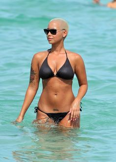 Courtly Amber Rose ...Swish lips...