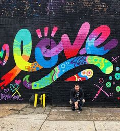 Mural art by Jason Naylor | typegang.com #typegang #typography #handtype #graphicdesign #typeface #handlettering #customtype #lettering #design #font #handmade #art #arte