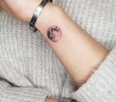 Tattoo Girls, Tiny Tattoos For Girls, Small Wrist Tattoos, Hand Tattoos, Tattoos For Guys, Sleeve Tattoos, Tattoos For Women, Tattoo Small, Moon Tattoo Wrist