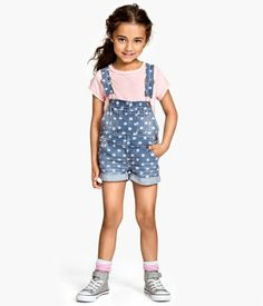 Bib overall polka dot shorts for kids Casual Teen Fashion, Girls Fashion Clothes, Fashion Kids, Kids Clothing, Teen Girl Outfits, Little Girl Outfits, Kids Outfits, Cute Outfits, Latest Clothing Trends